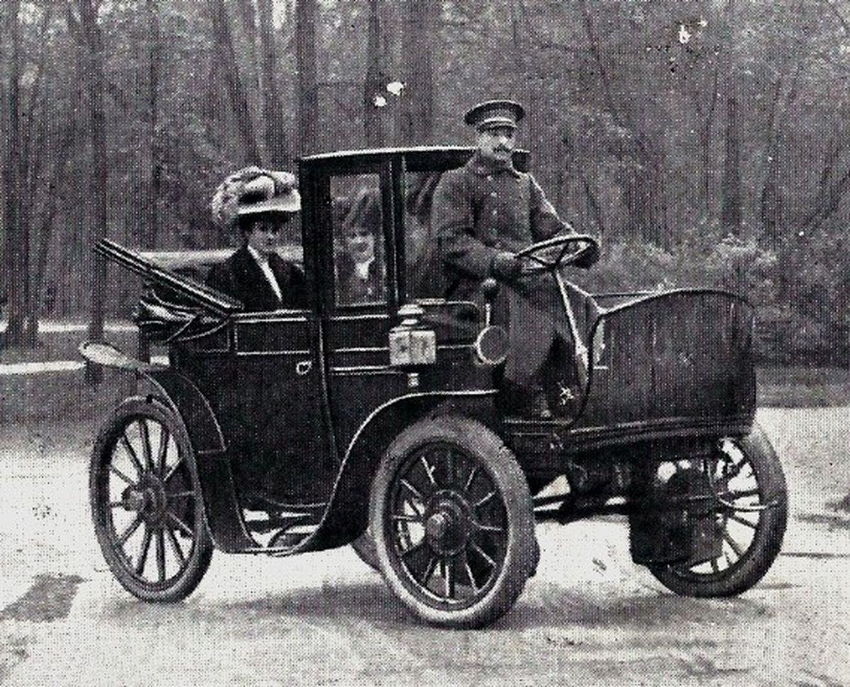 Krieger-première-voiture-electrique