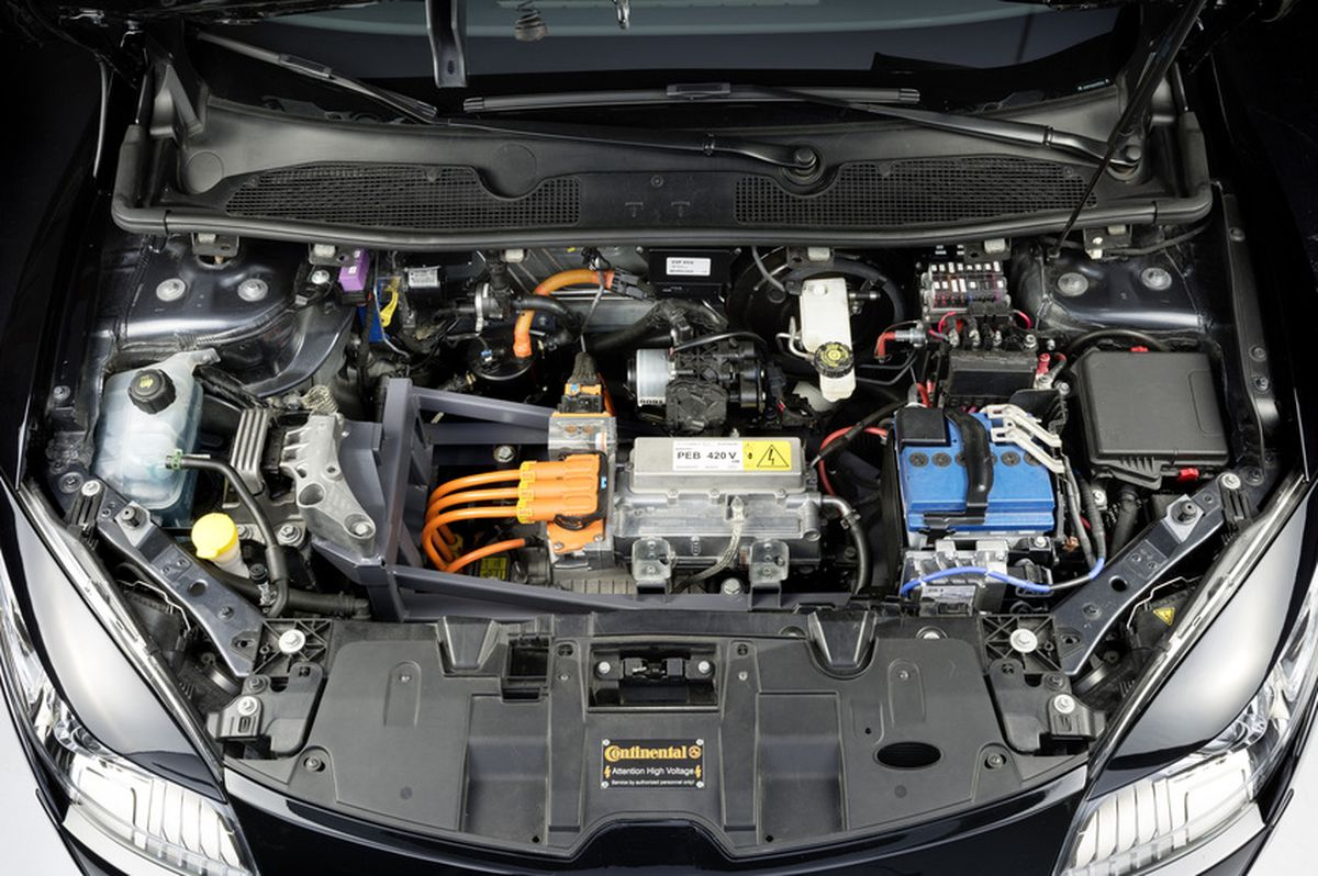 moteur-voiture-electrique