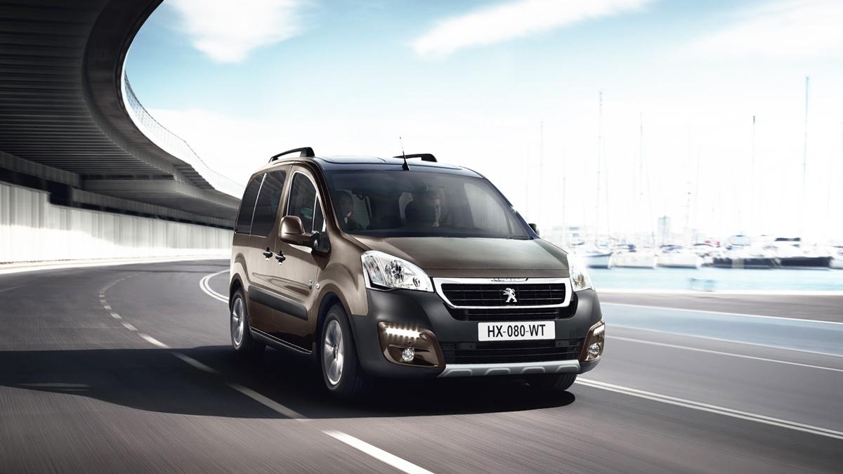 Peugeot-Partner-2017-photos