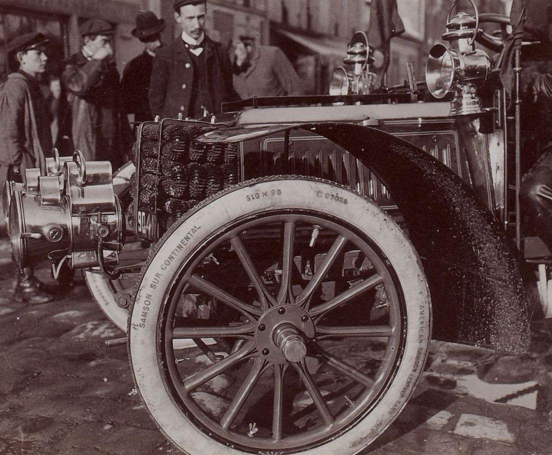 histoire-Pneu-1905