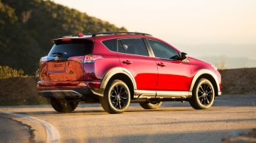 Toyota RAV4 2017 photos