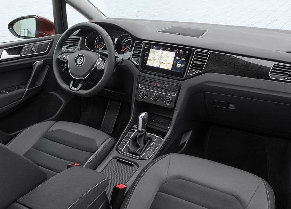 Volkswagen Golf Sportsvan 2018 intérieur